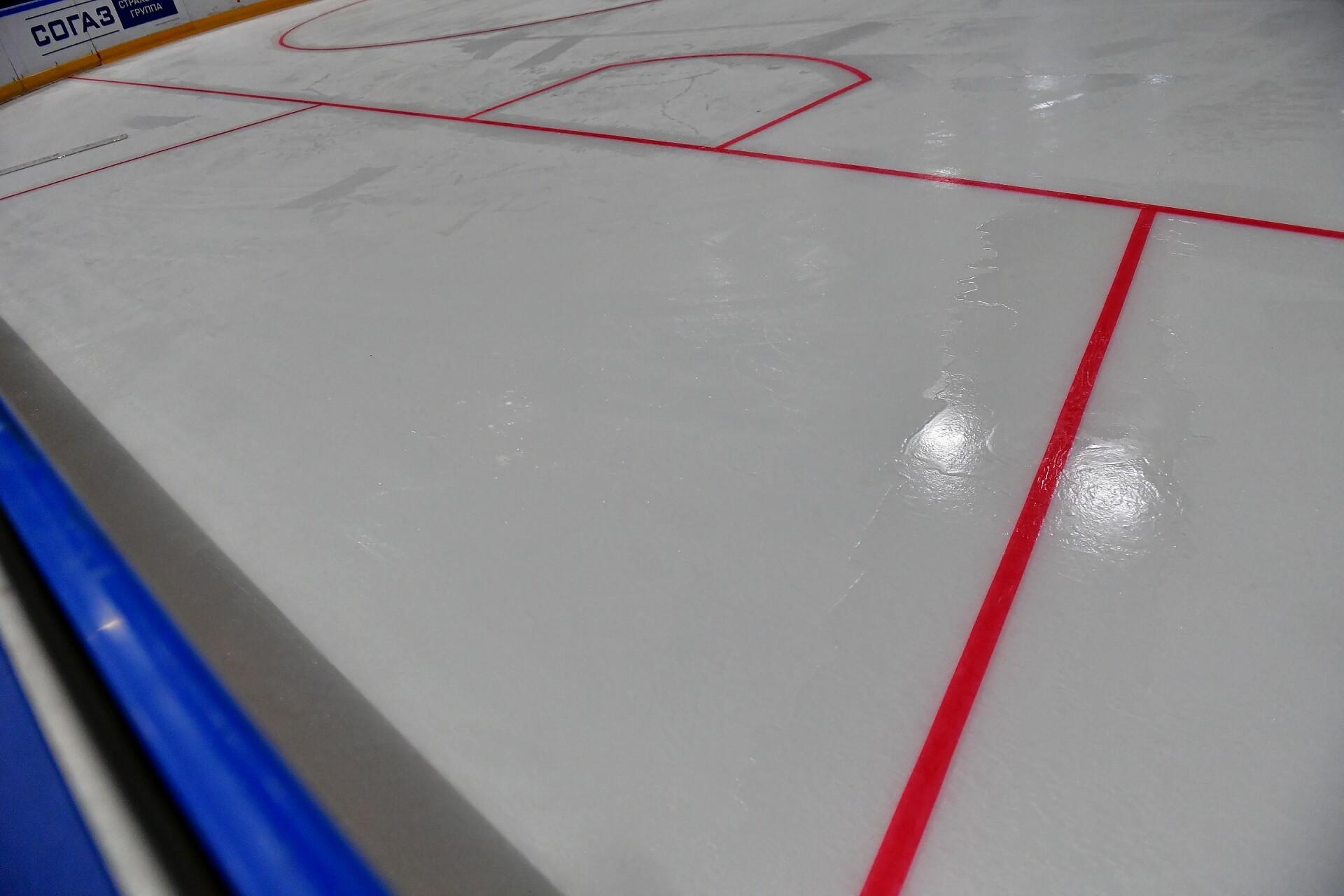 На лёд «Татнефть Арены» нанесли новую разметку. 01.08.2019