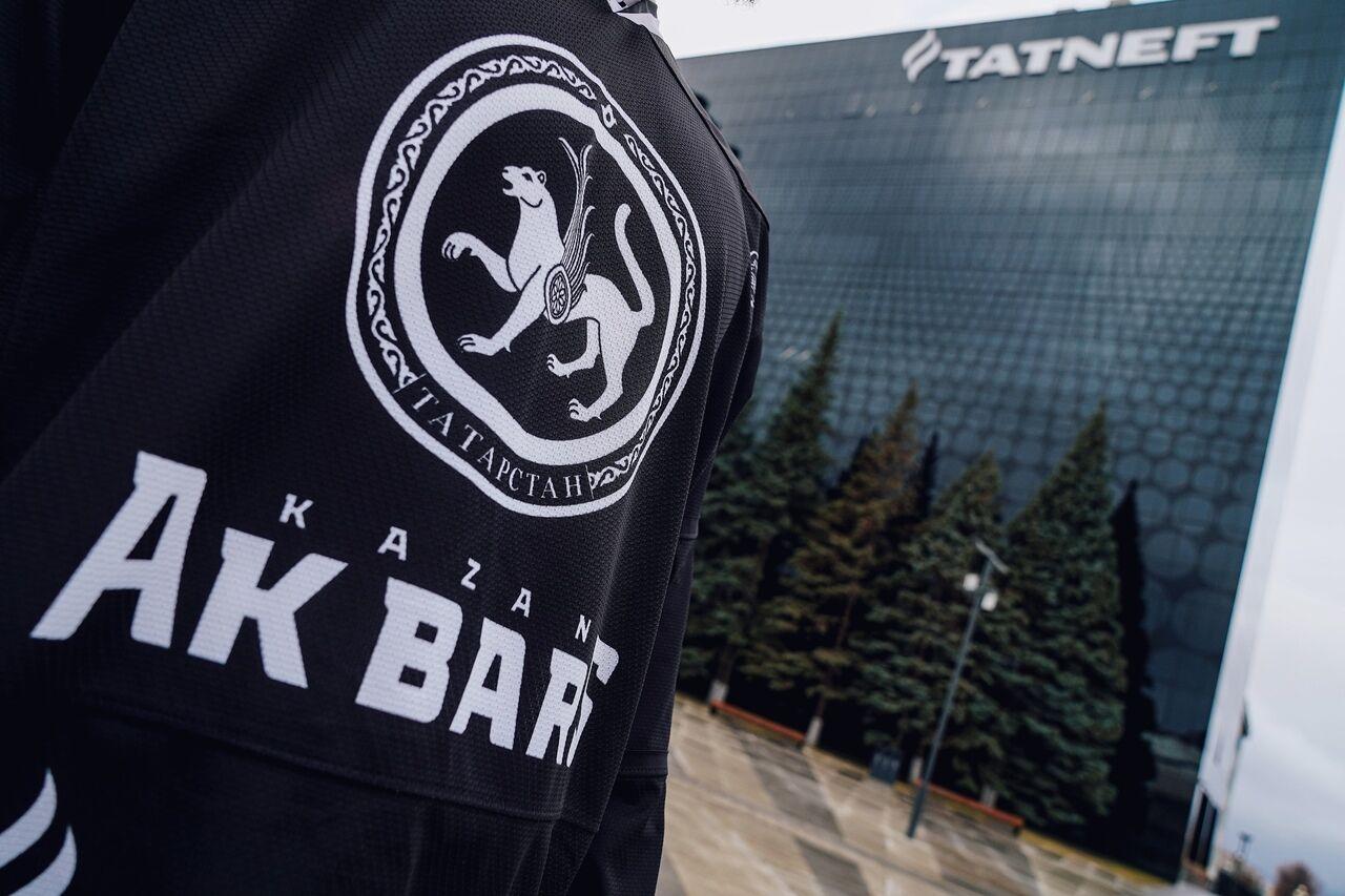 «Татнефть» представила форму «Ак Барса» из переработанного пластика. 13.11.2020